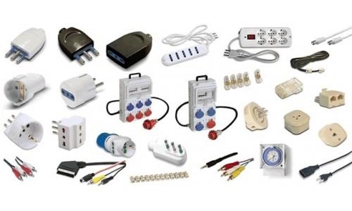 Materiale elettrico: Prese,adattatori,multiprese,ciabatte,elettricisti