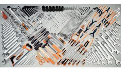 Utensileria: Cacciaviti, seghe, chiavi, crimpatrici, saldatori
